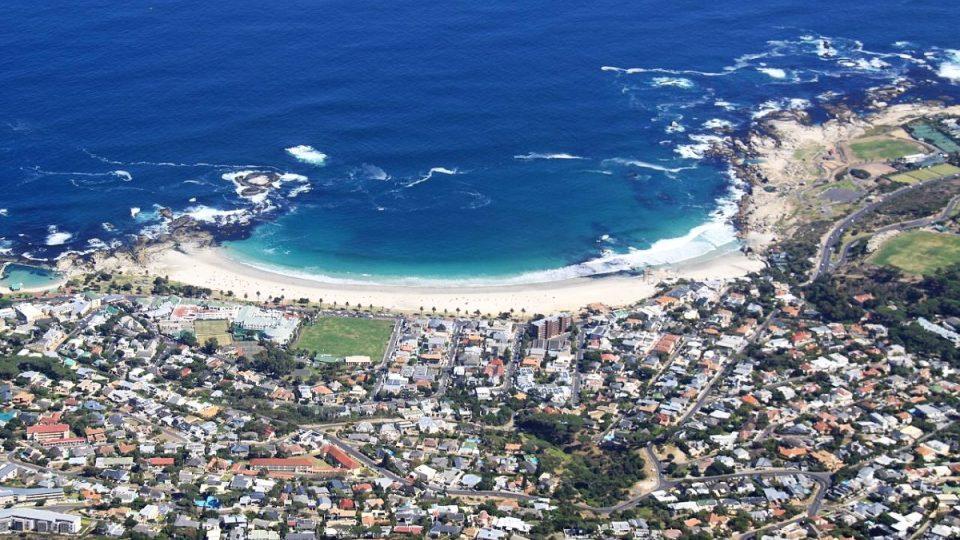 Pod Stolovou horou se rozkládá Kapské Město