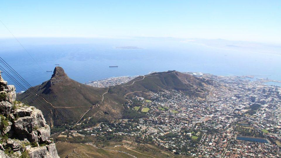 Pohled z výšky více než jednoho kilometru nad mořem
