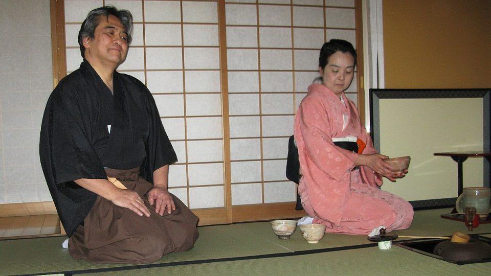 Po konci čajového obřadu se každý cítí příjemně zrelaxovaný