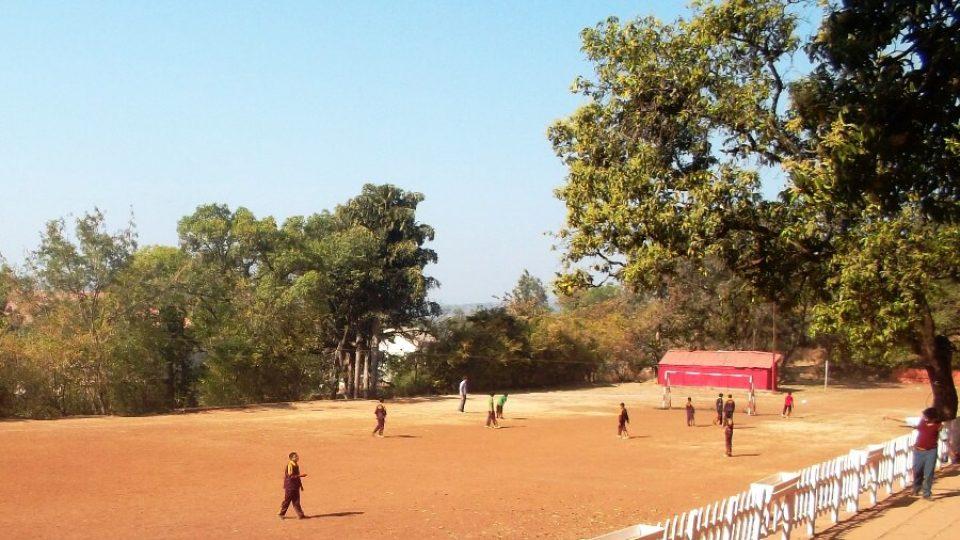Na tomhle hřišti kdysi Freddie Mercury pobíhal, ale radši měl kriket