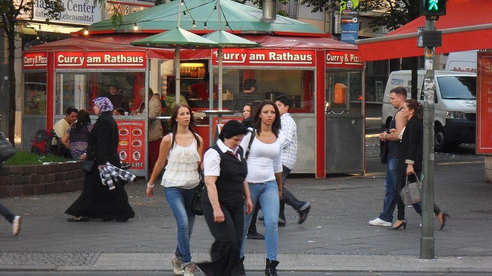 Na procházce Neuköllnem si spíše než jako v Berlíně připadáte jako v Istanbulu
