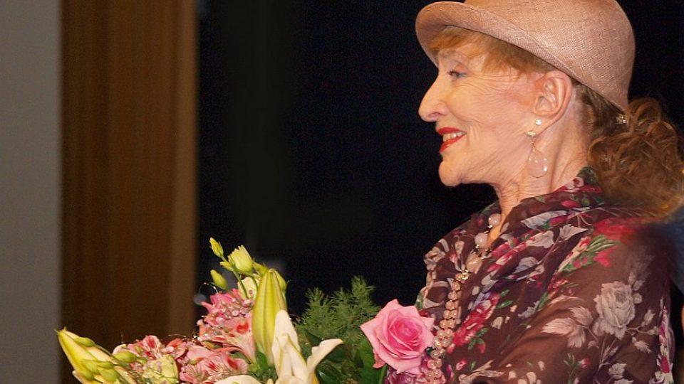Mimořádnou cenu Šarmu obdržela  operní pěvkyně Soňa Červená