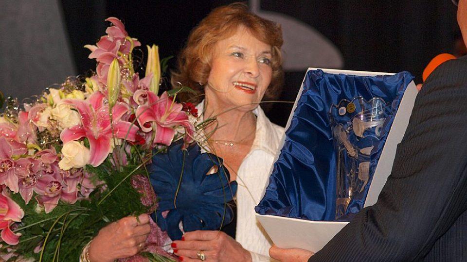 Yvetta Simonová - vítězka 16. ročníku soutěže Šarmantní osobnost roku