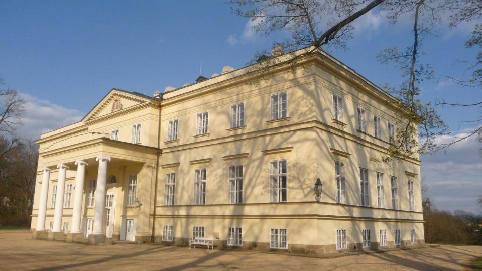 Kostelecký zámek byl letos poprvé ve své historii otevřen veřejnosti