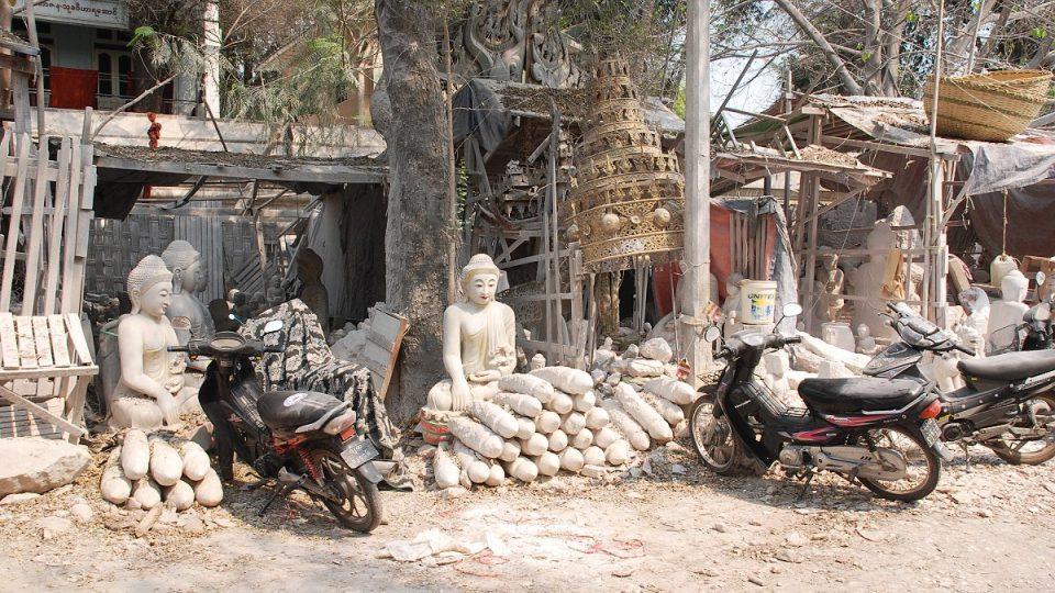 Ulice kameníků v Mandalay