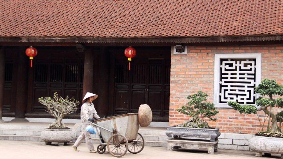 Chrám nechal postavit král Lý Thánh Tông v roce 1070