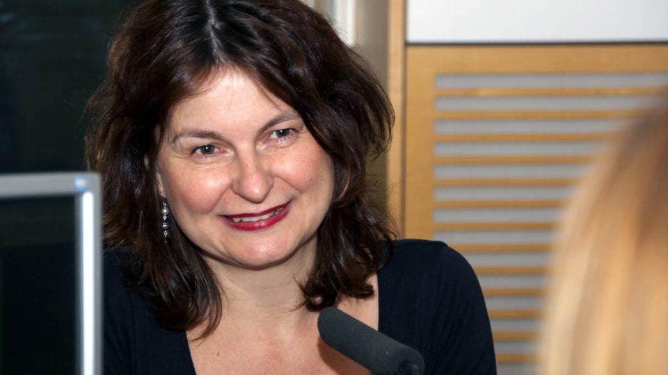 Spisovatelka a překladatelka Radka Denemarková mluvila o své knize Peníze od Hitlera
