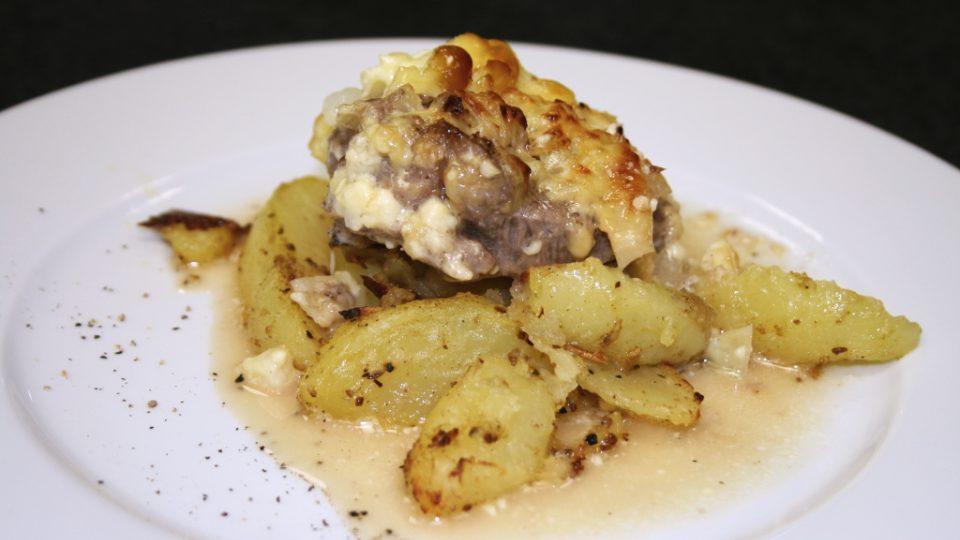 Zapečená vepřová krkovice s hořčicí a majonézou s brambory