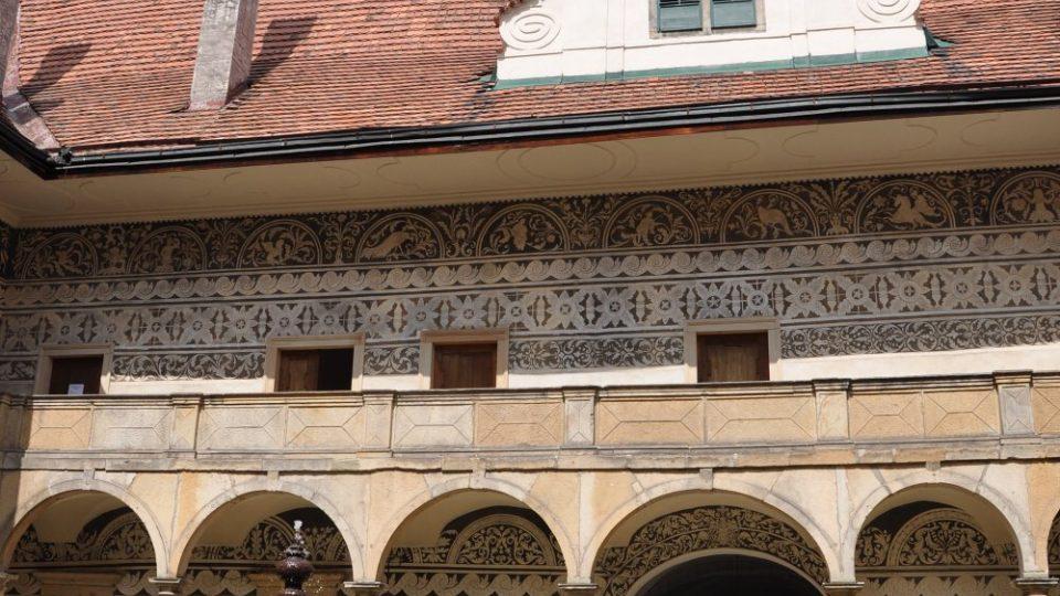 Doudlebský zámek jeho majitelé, rodina Bubnů z Litic, vlastní už bezmála půl tisíciletí