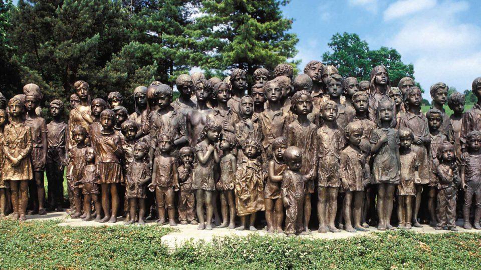 Památník 82 zavražděným lidickým dětem