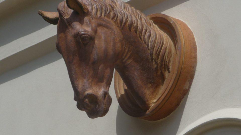 Prezident Masaryk miloval koně, což je v Lánech patrné i dnes