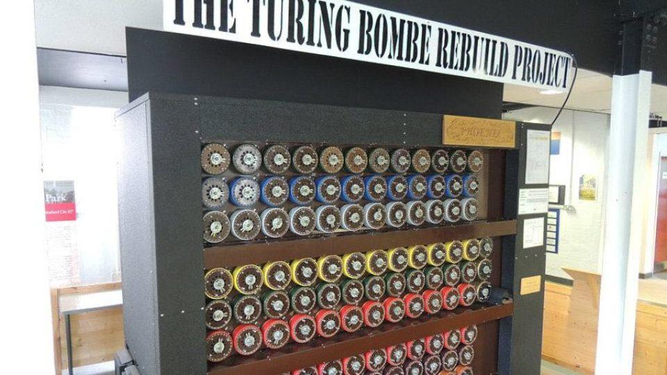 Dešifrovací stroj Bombe
