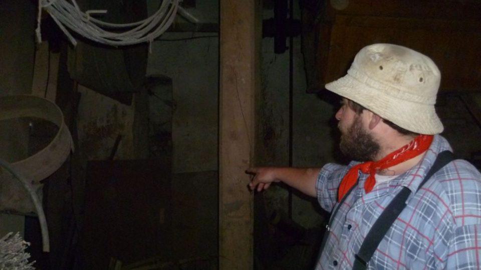Petr Řezníček představuje interiér původního mlýna