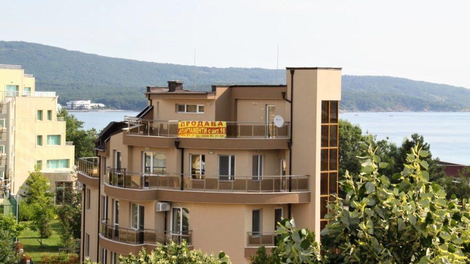 Bulharsko. Černé moře, domy na pobřeží
