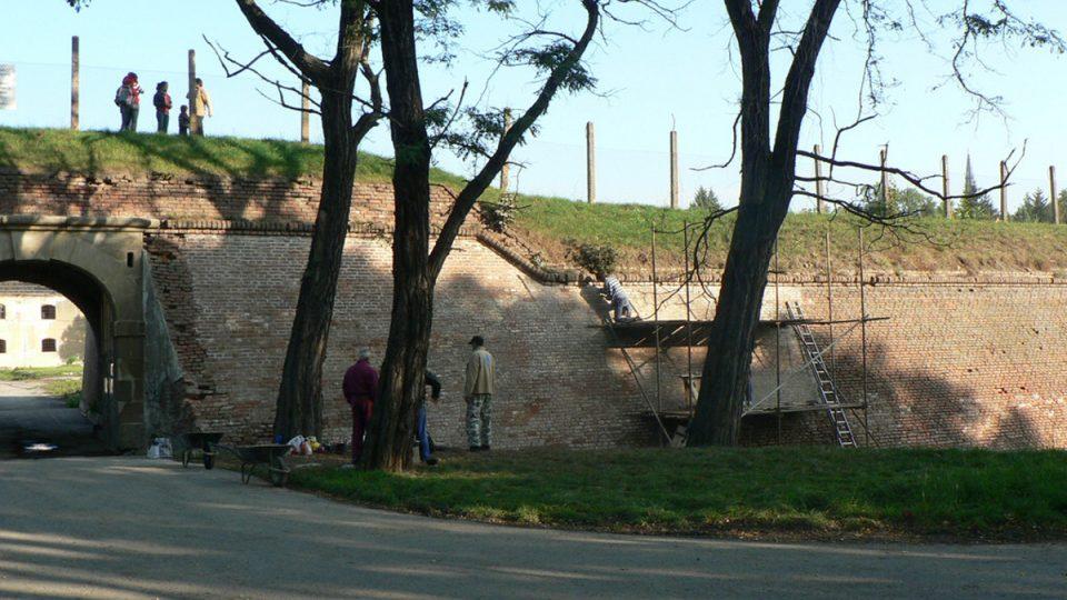 Historické olomoucké opevnění je třeba postupně rekonstruovat