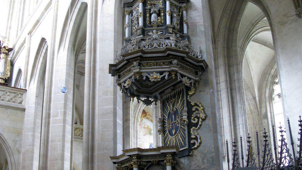Kazatelna chrámu sv. Barbory