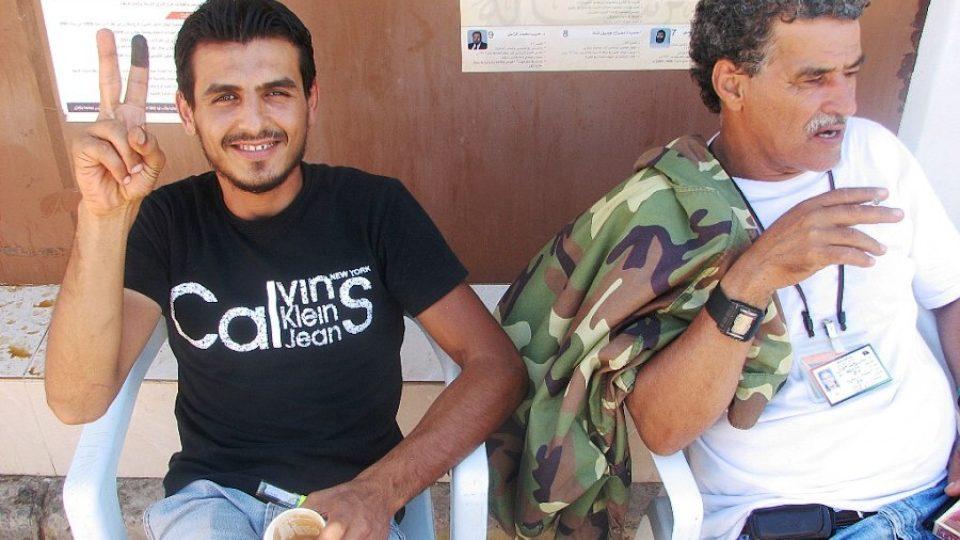 V Libyi teď potkáte hodně lidí se špinavými prsty