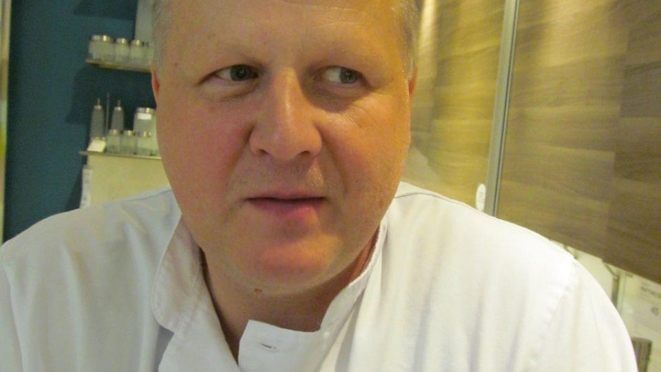 Mořskou štiku nám v Dobrůtkách připraví šéfkuchař Petr Dibdiak