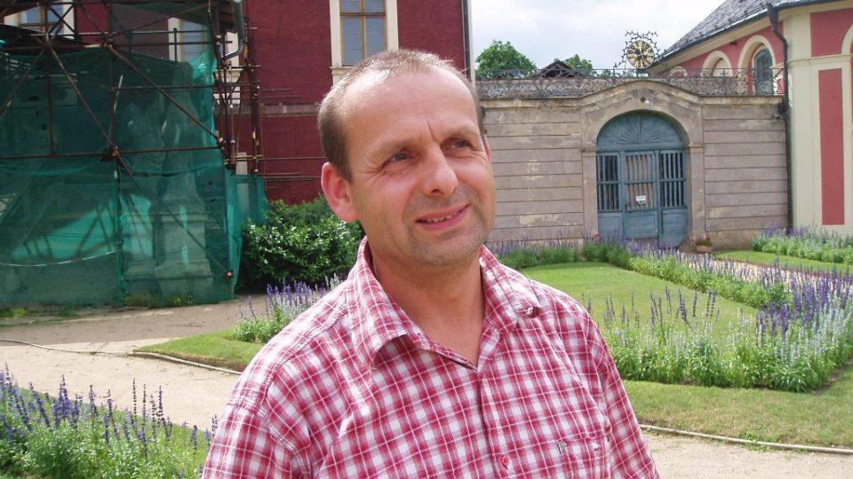 Pamětník ničivých povodní v roce 2002 Jaroslav Morávek z Veltrus