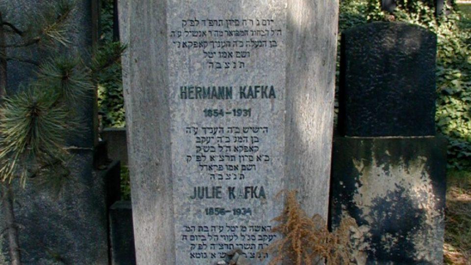 Hrob Franze Kafky na Novém židovském hřbitově v Praze na Olšanech