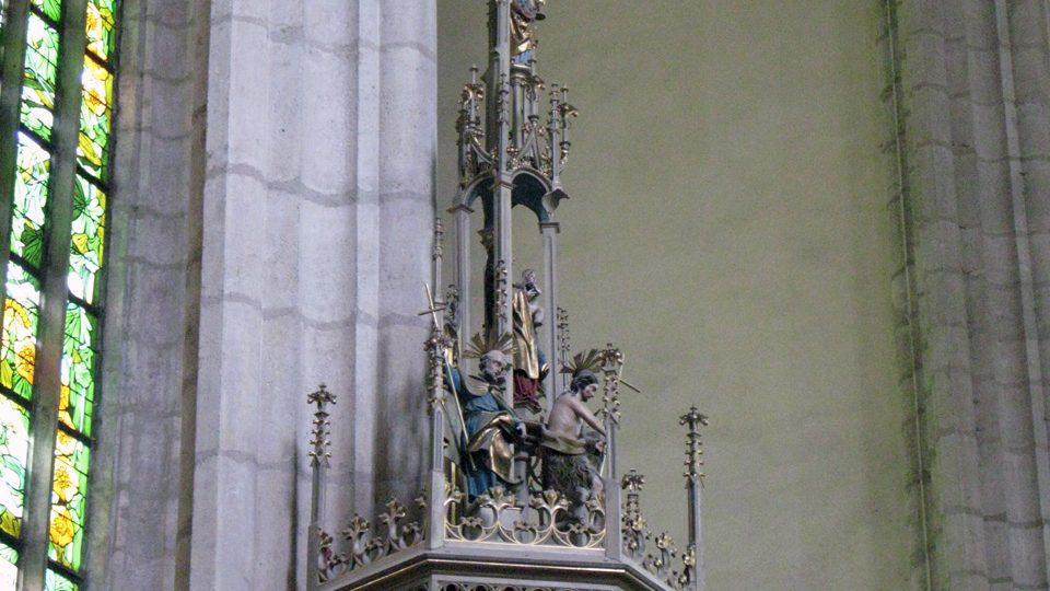 Stříška kazatelny v kostele Panny Marie Na Náměti