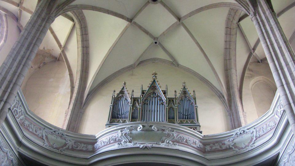 Interiér kostela Panny Marie Na Náměti