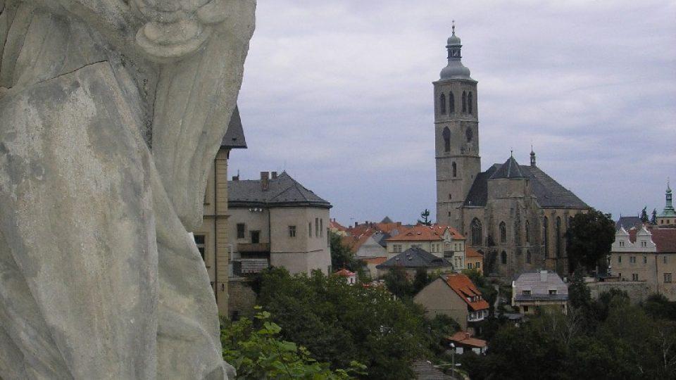 Výhled od kutnohorské jezuitské koleje na město