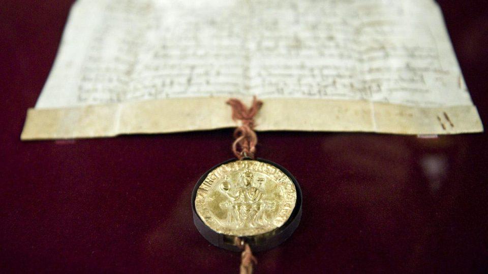 Zlatou bulu sicilskou znají v zahraničí jako dokument z roku 1212