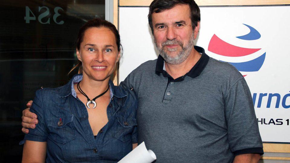 Vlastimil Vondruška s moderátorkou Lucií Výbornou