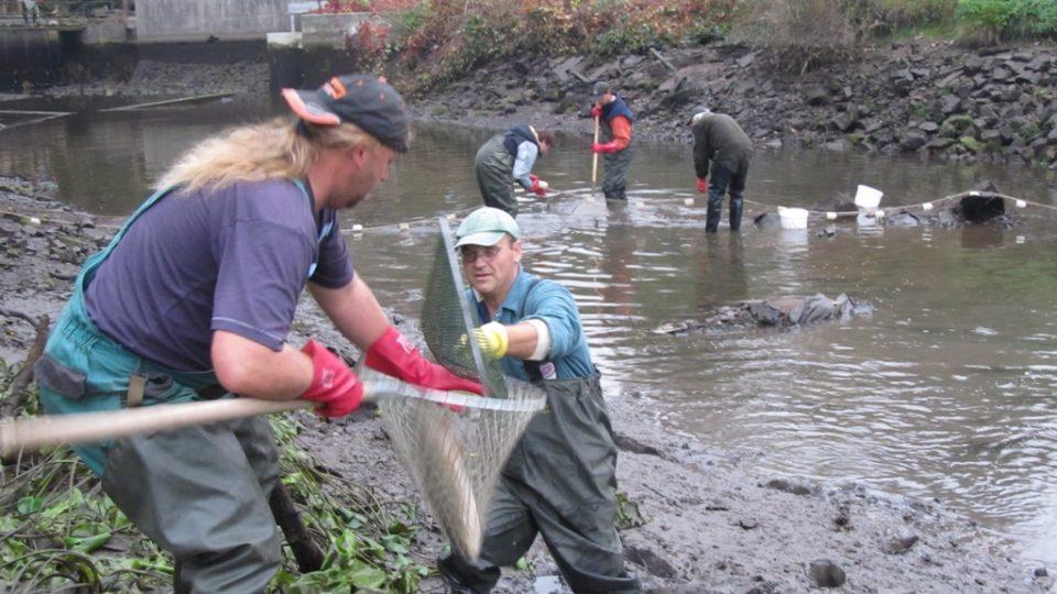 Rybáři pracují