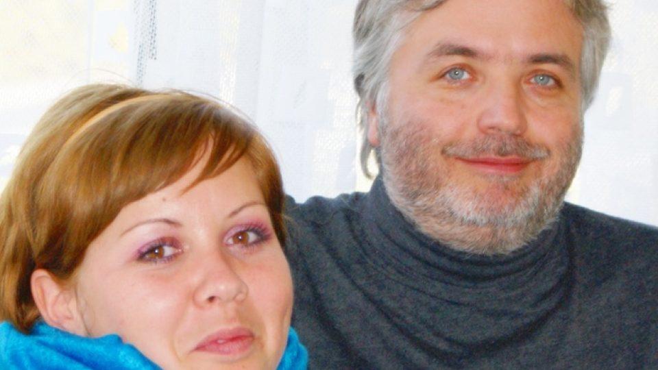 Ondřej Kepka s redaktorkou Olgou Štrejbarovou při natáčení rozhovoru