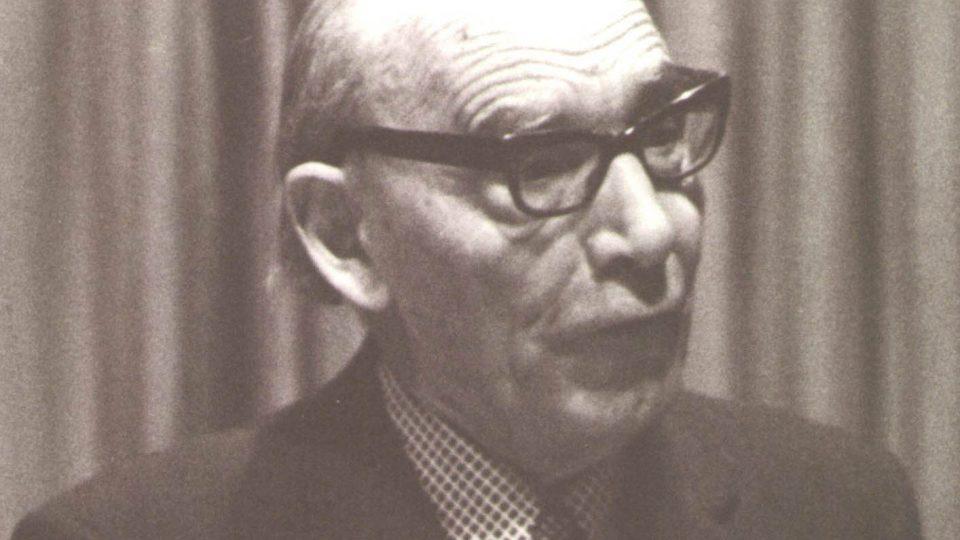 Anglista Bohumil Trnka. Z výstavy na FF UK Sto let pražské anglistiky – dějiny a současnost