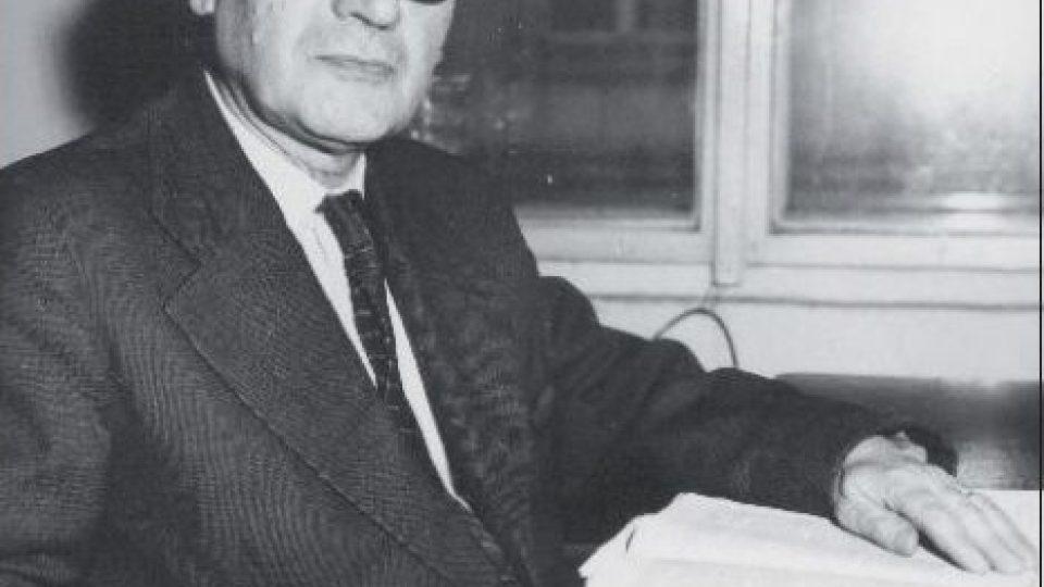 Anglista Josef Vachek. Z výstavy na FF UK Sto let pražské anglistiky – dějiny a současnost