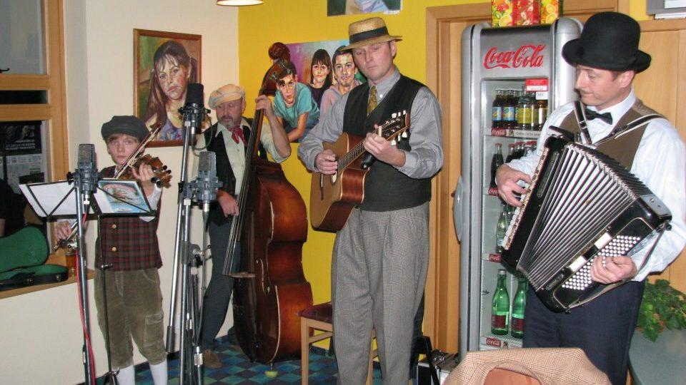 Veřejná nahrávka pořadu Regionální scéna s kapelou Klapeto