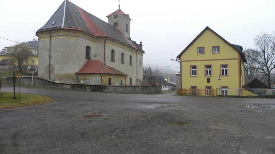 Čenkovice - náves
