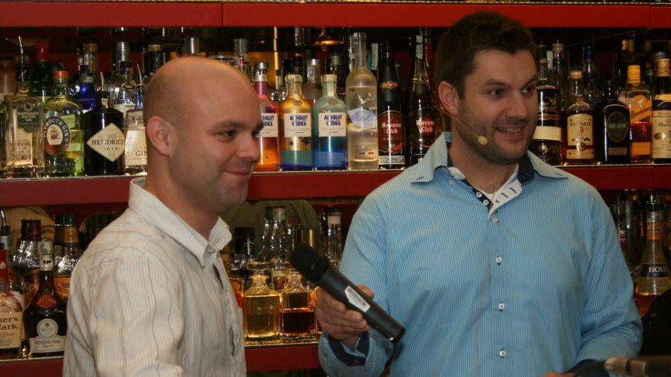 Barman Jan Braniš a Patrik Rozehnal