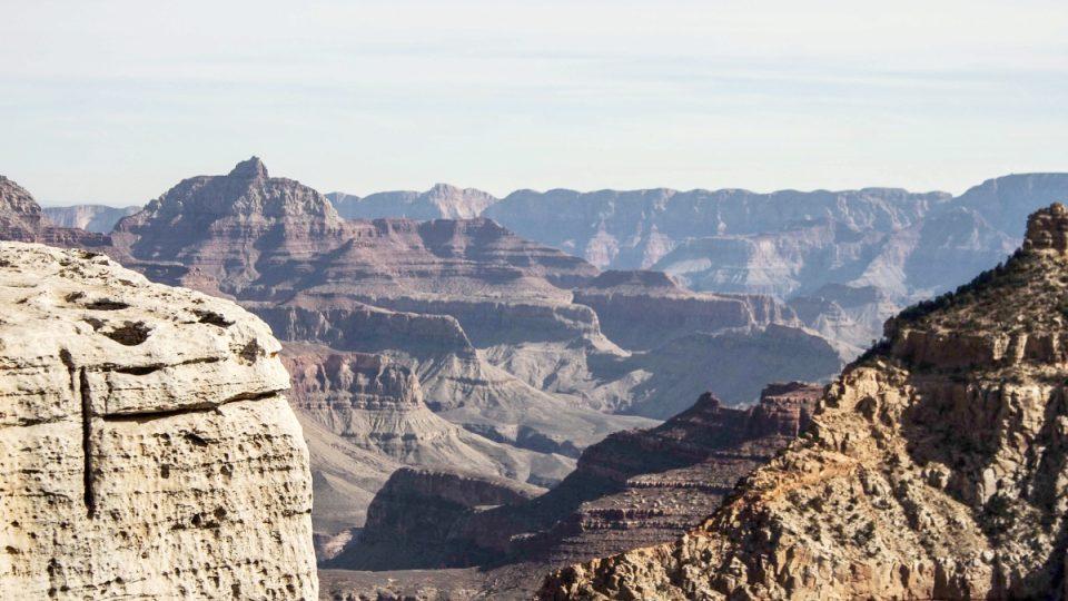 Grand Canyon vám během odpoledne pocit žízně doslova vnutí