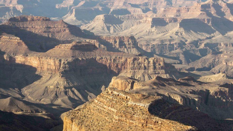 Uchopit monumentální rozměry Gran Canyonu je obtížné i pro romanopisce a básníky