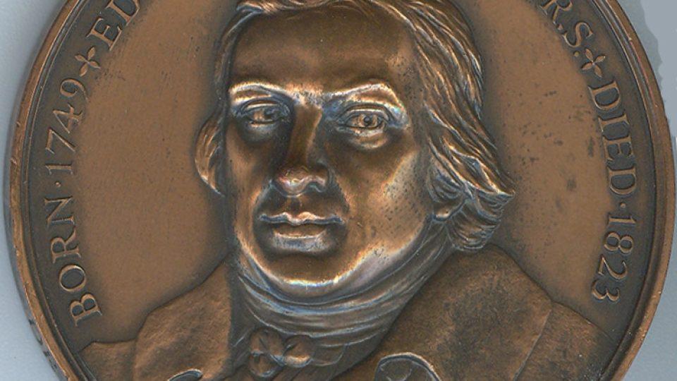 Jennerova medaile, kterou získal Karel Raška za boj s neštovicemi