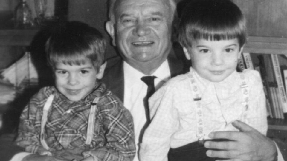 Lékař, který se podílel na vymýcení neštovic, Karel Raška a jeho synové