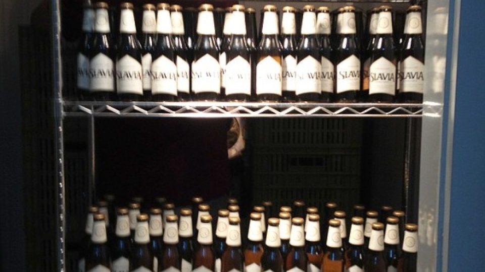Pivo ve skladu: jen nosit na stůl