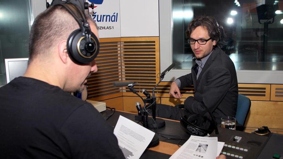 S Adamem Gebrianem mluvil ve Dvaceti minutách Radiožurnálu Martin Veselovský