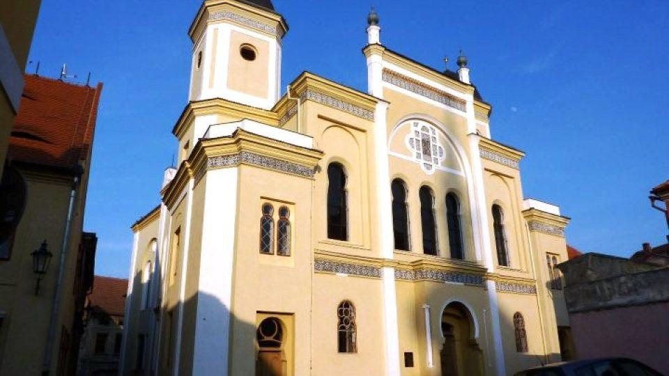 Žatecká synagoga, druhá největší židovská stavba v Čechách