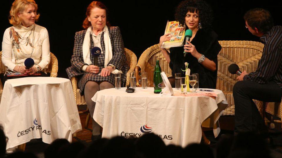 Tři dámy Lucie Němečková, Iva Janžurová a Lucie Bílá