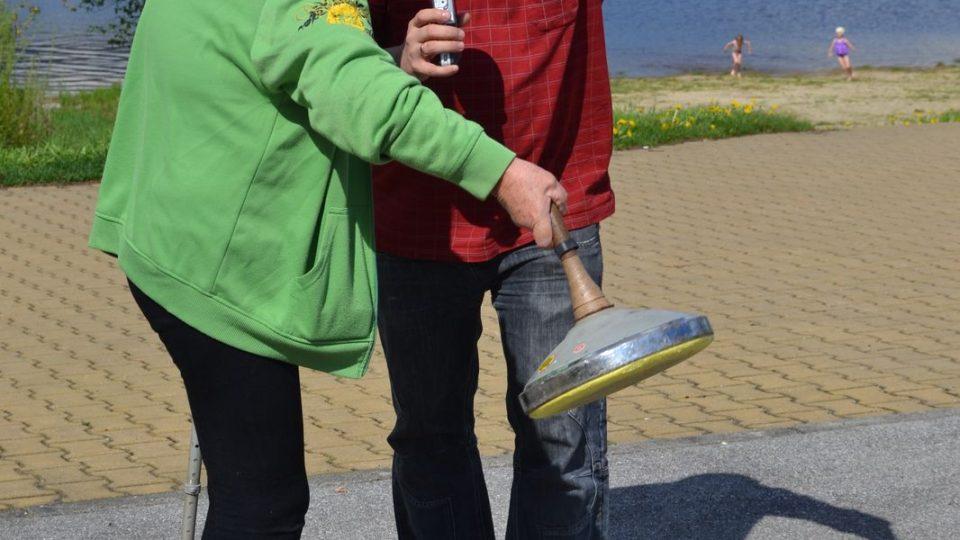 Turnaje v metané v Přední Výtoni se účastnil také redaktor Ivan Studený