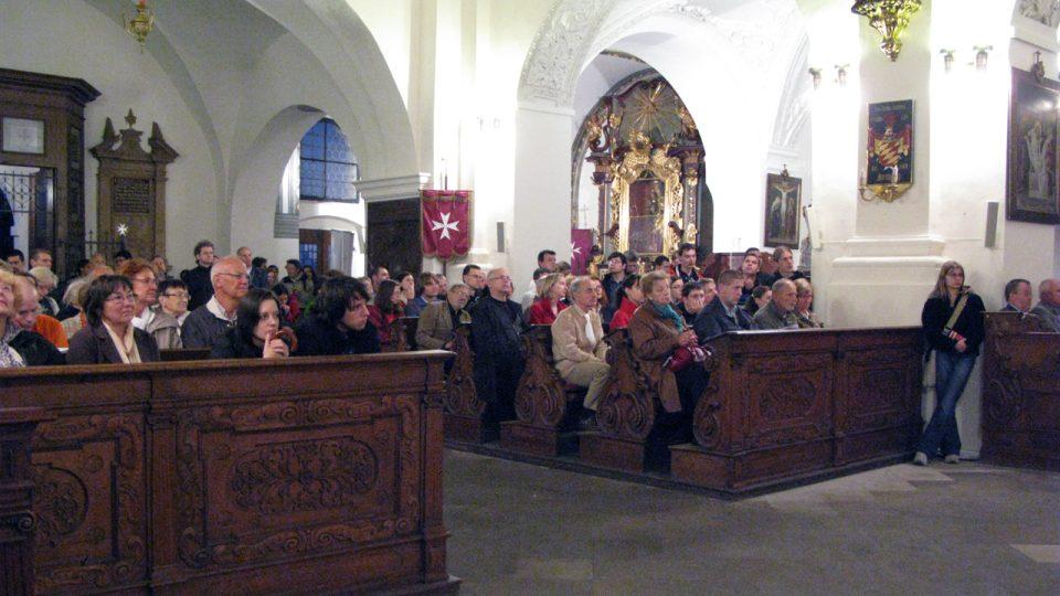 Kostel Panny Marie pod řetězem