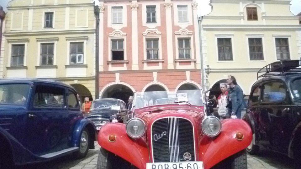 U starých českých aut postávali návštěvníci nejčastěji