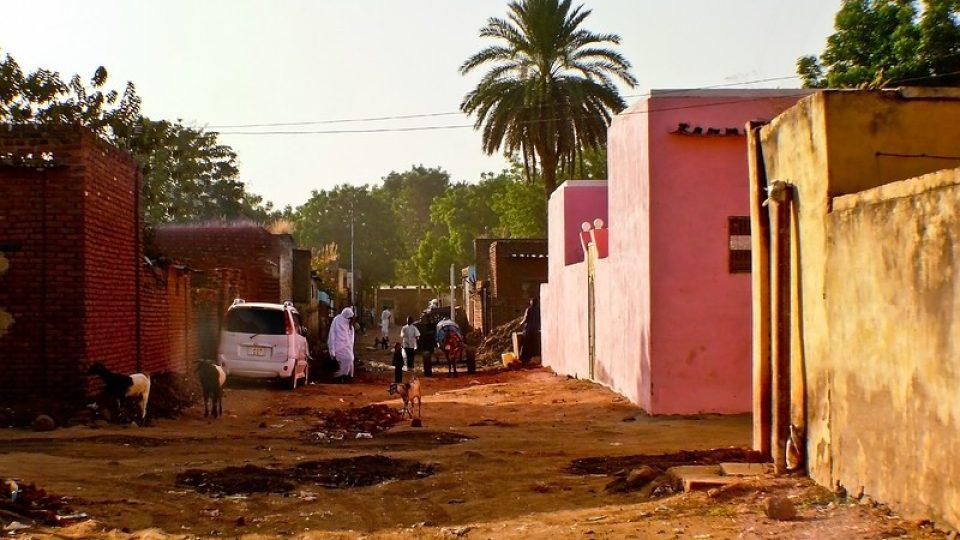 Andrea Kaucká a René Bauer - Súdán - Ruch na ulici v Kadugli