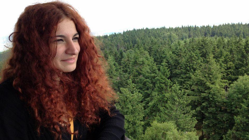 Míša, která studuje ve Spojených státech, na Brůvkové hoře