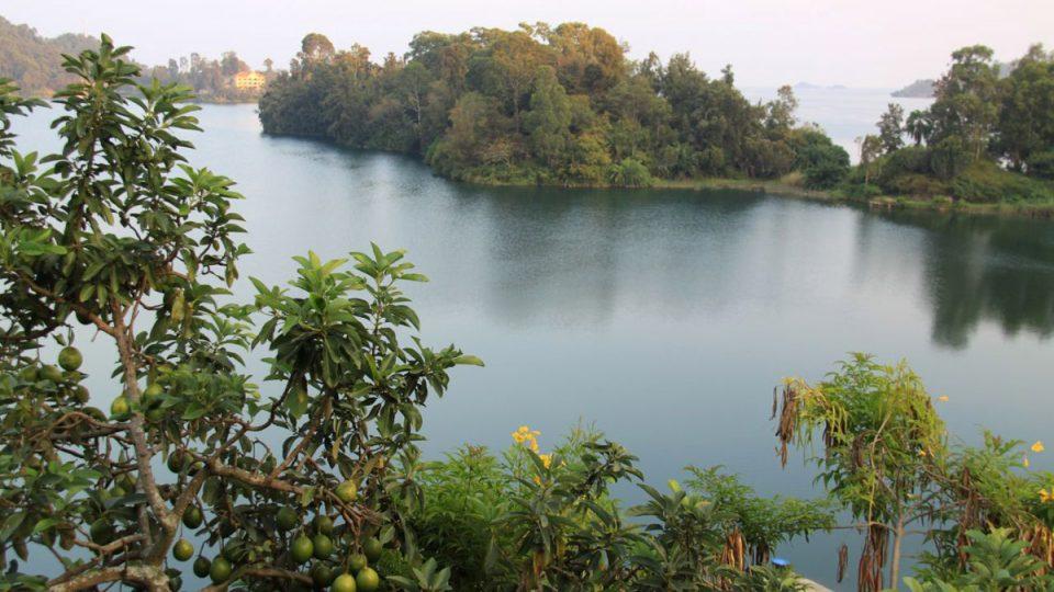 Jezero Kivu je už po staletí zdrojem života a dodnes zůstává živoucí tepnou